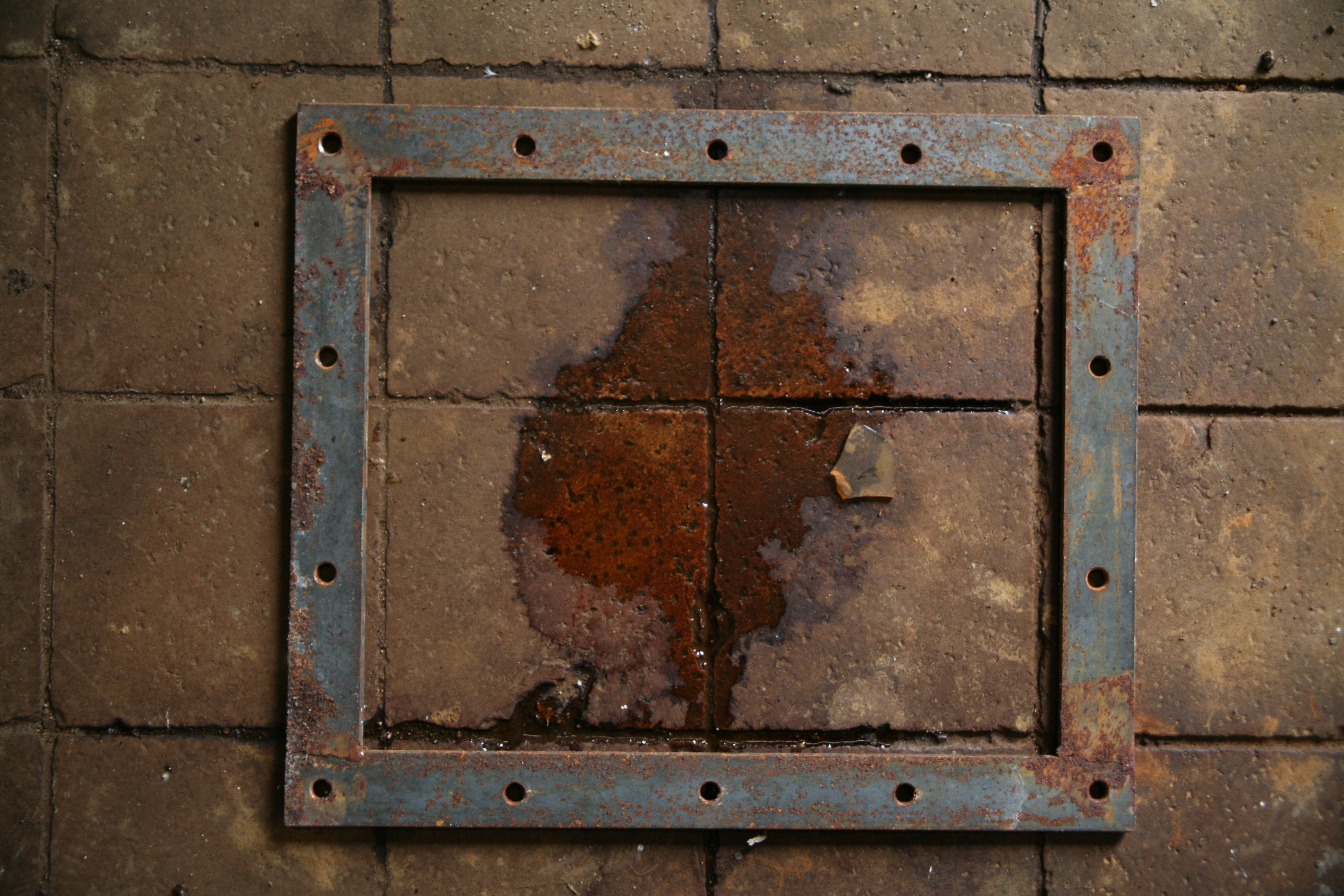 Preventing Rust in Your Warehouse or Workshop | Tuffboxes